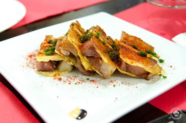 Oreja de cerdo crujiente cocinada a 70º.